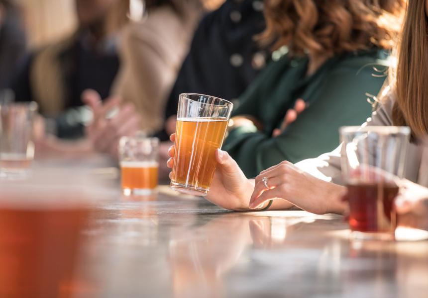 beers_at_bar_Hunter_Gatherer_at_Curtis_Wright_Hangar