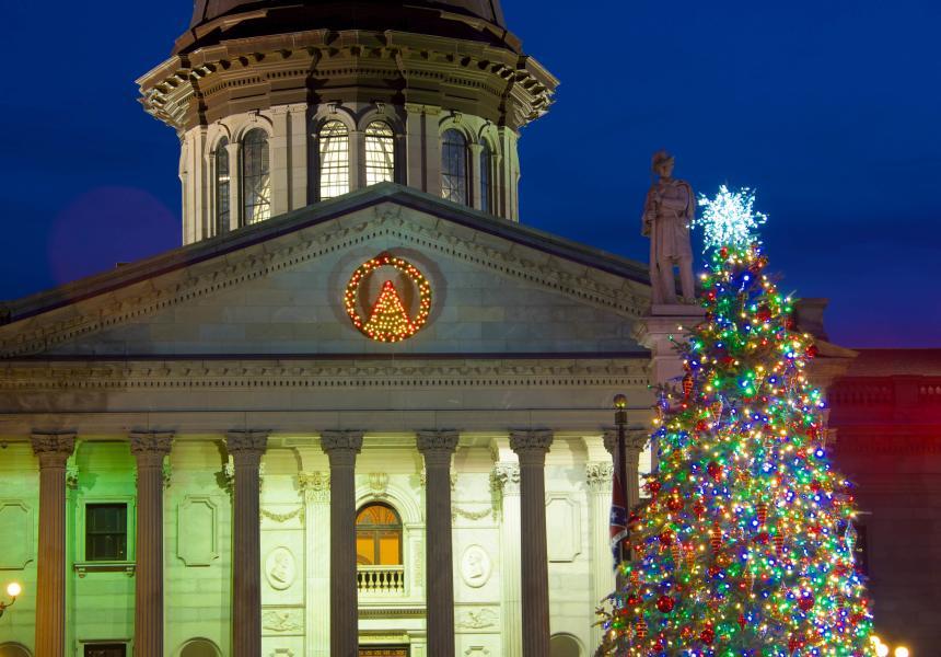 State-House-Christmas