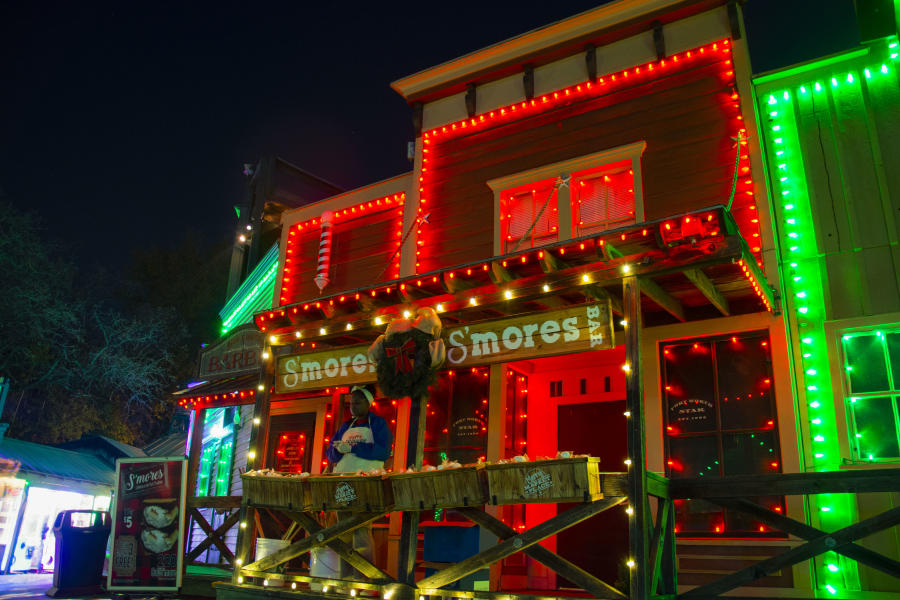 Photo of smores station at Six Flags Over Texas Holiday in the Park