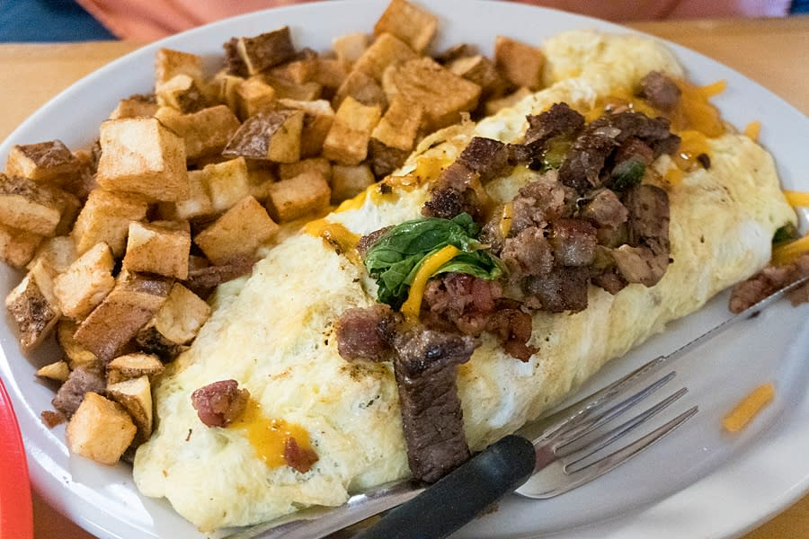 Omelet at The Choppin Block