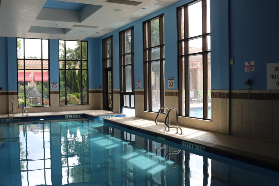 Westin Element indoor Pool