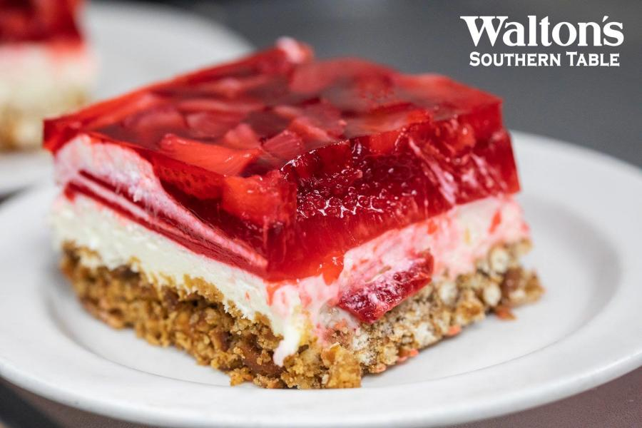 Walton's Stawberry Pretzel