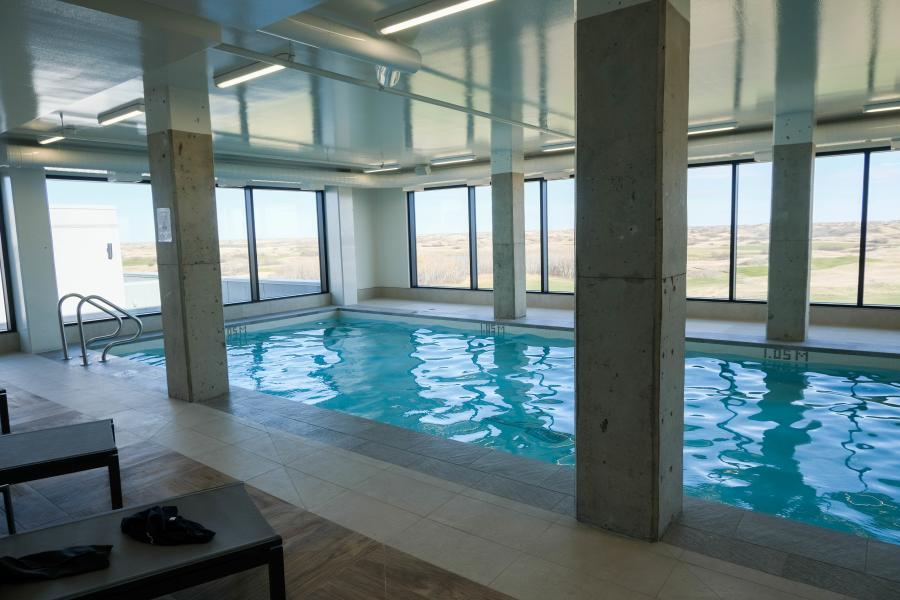 Dakota Dunes Rooftop Pool