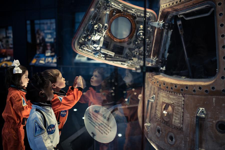 Lunar module - kids - Rocket Center