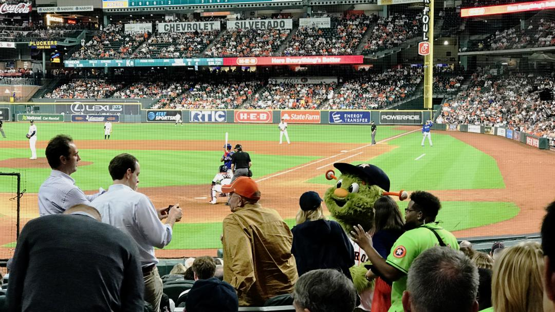 Minute Maid Park - Astros Game - Mascot Orbit