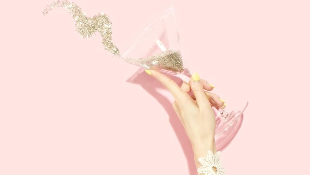 Martini glass with glitter