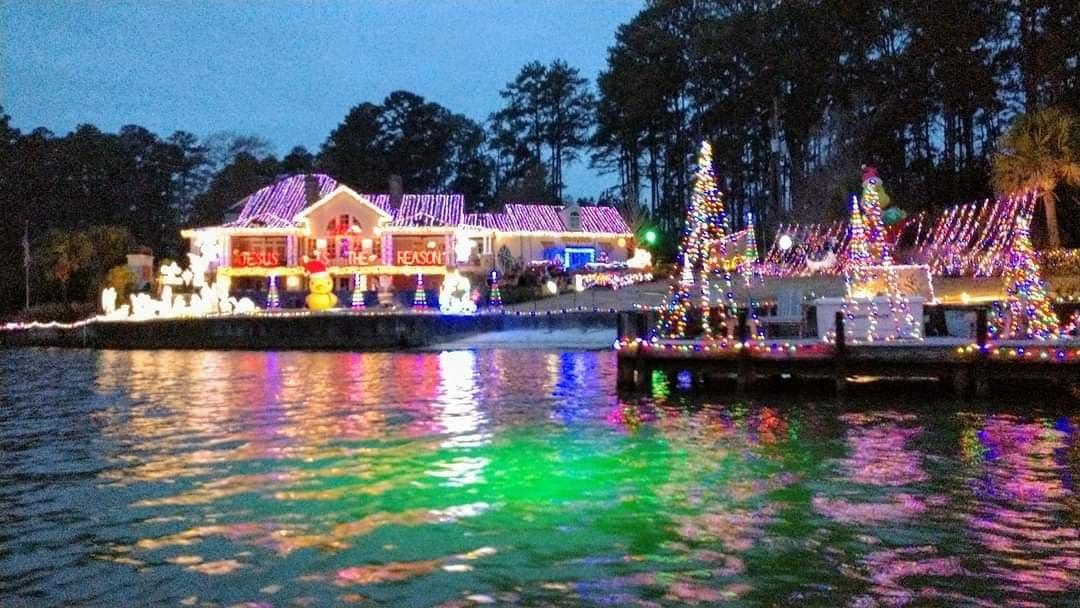 Lake Sinclair Christmas Lights