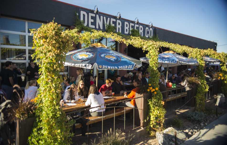 denver-beer-company-patio-hops