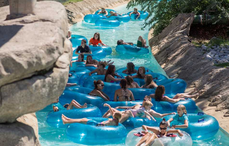 water-world-tube-ride