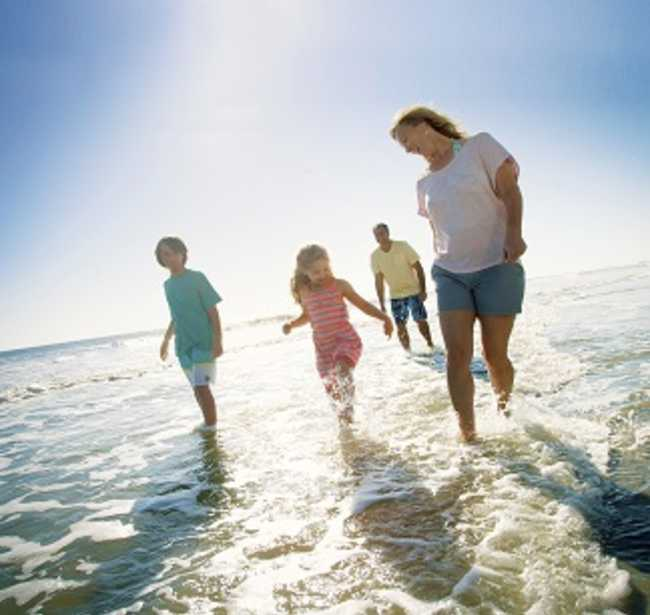 BEACH_FAMILY_LO_RES_1