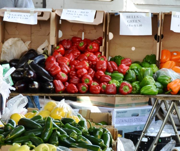 Farmers Market cropped