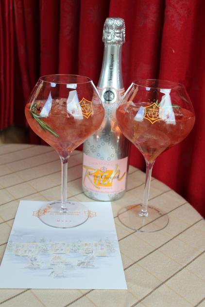 Champagne Cocktail Fondue Village