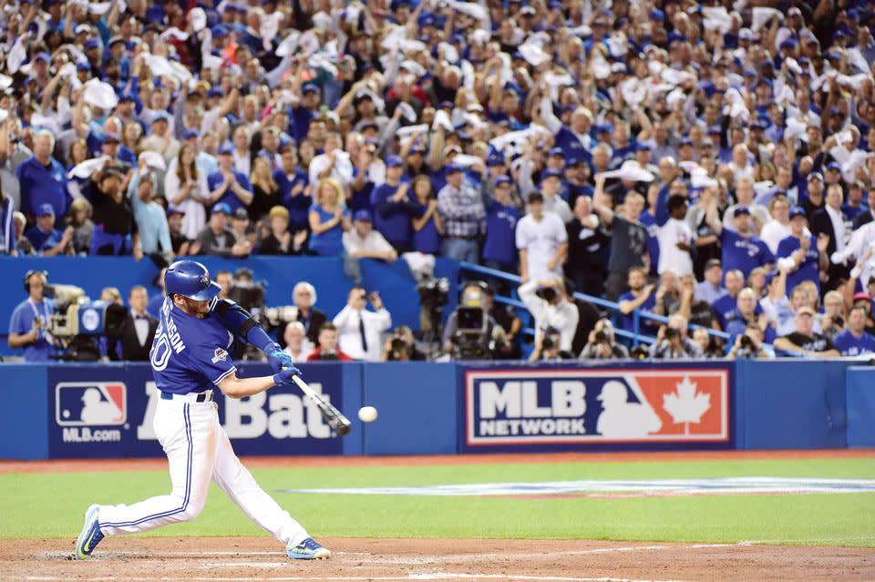 toronto-blue-jays-batter-hits-ball