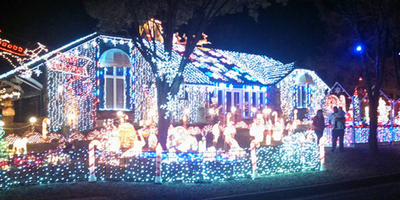 buy popular bef48 b5a67 Best Places to See Christmas Lights in Wichita | Holidays in ...