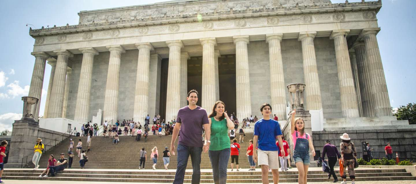 Family at Lincoln Memorial