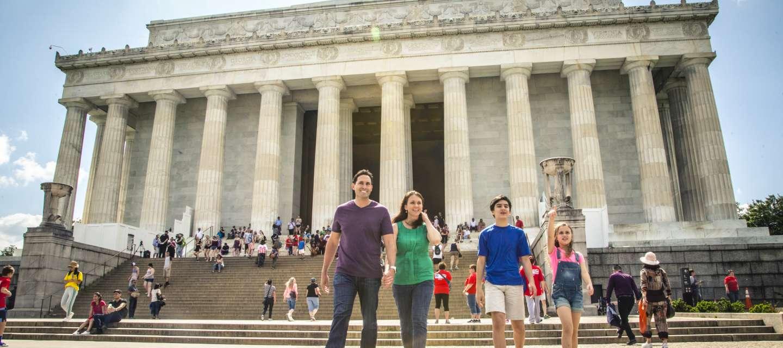 Family at Lincoln Memorial