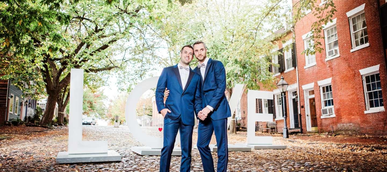 Love Wedding grooms cobblestone