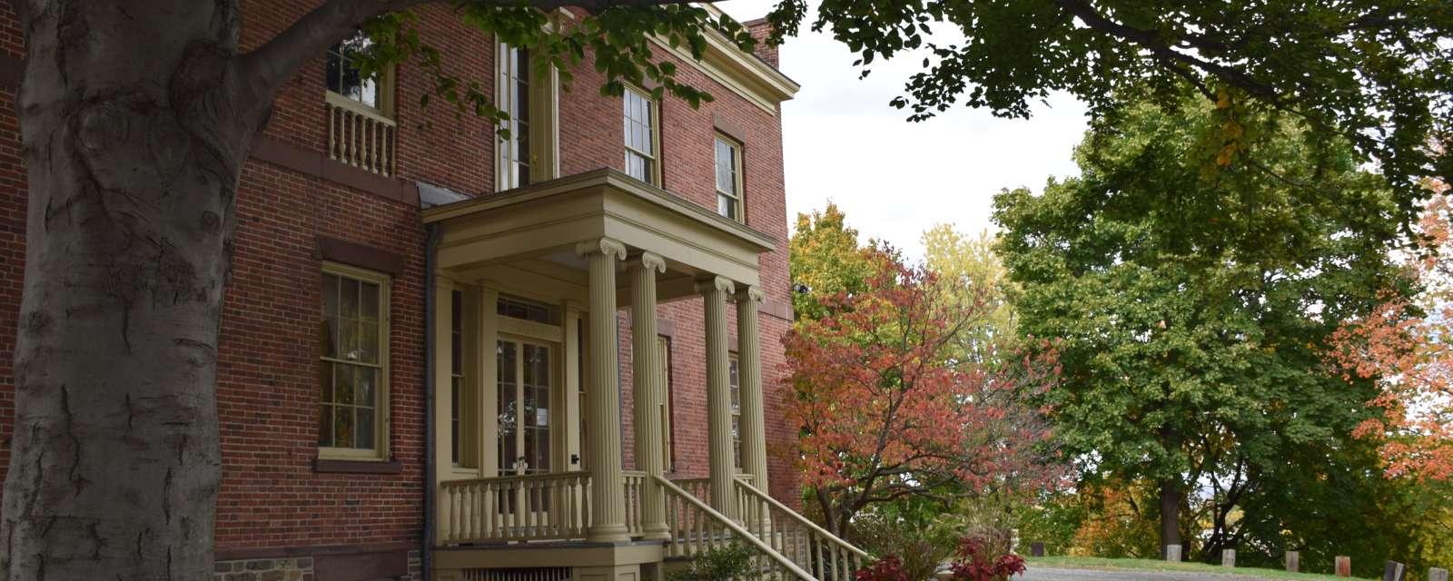 Ten Broeck Mansion