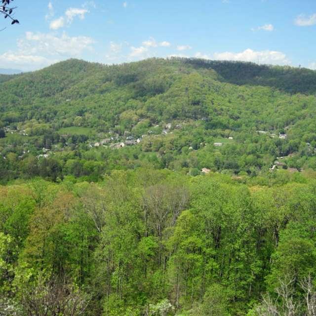 Lunch Rocks Trail