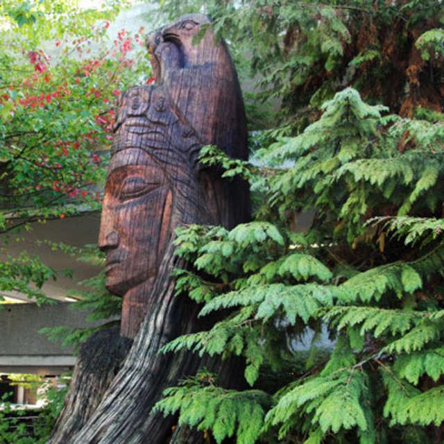 Bellevue-Public-Art-Forest-Deity