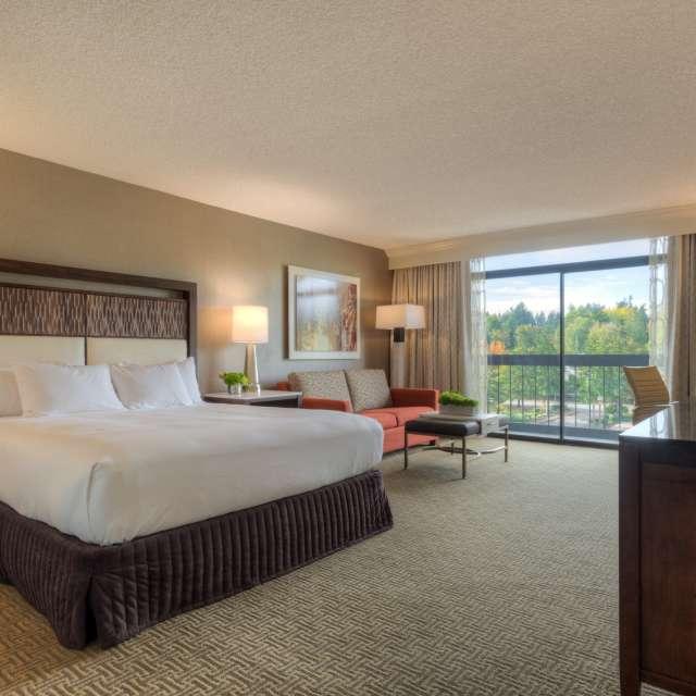 Hilton Bellevue Bedroom