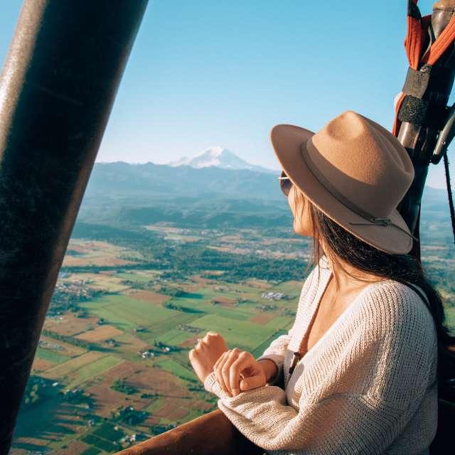 Hot Air Balloon Mount Rainier