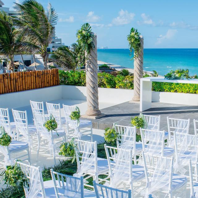 Beachside Ceremony Setup