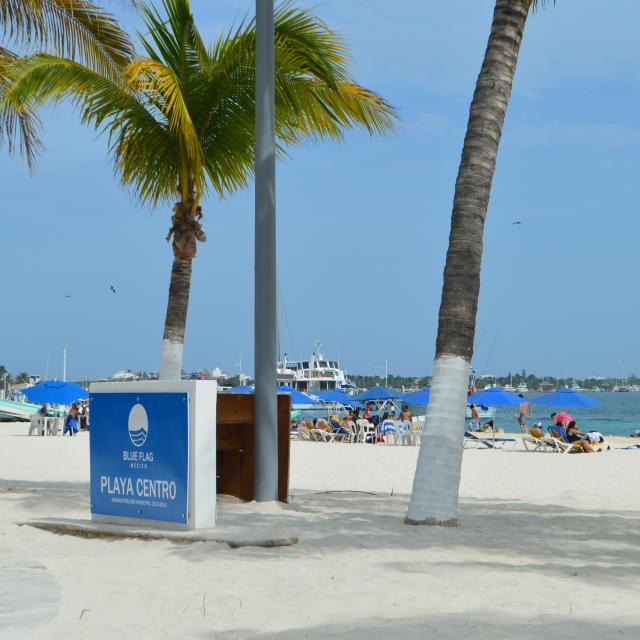 Playa Centro Isla Mujeres