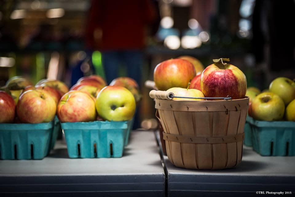Sunflower Orchards Apple Picking Baskets - Paola, KS