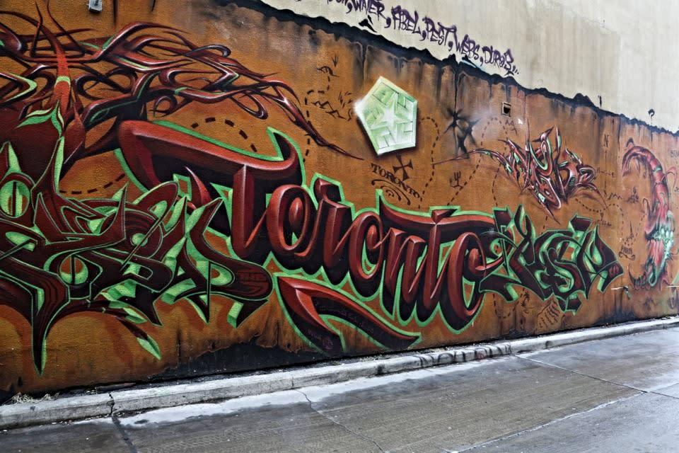 Graffiti_Alley-1