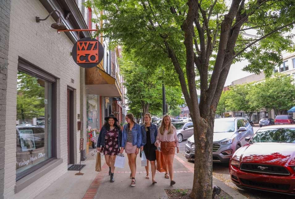 Shopping Downtown Columbia