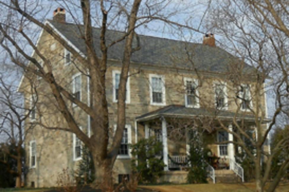 A Lehigh Valley Christmas House Tour In Bath Pa