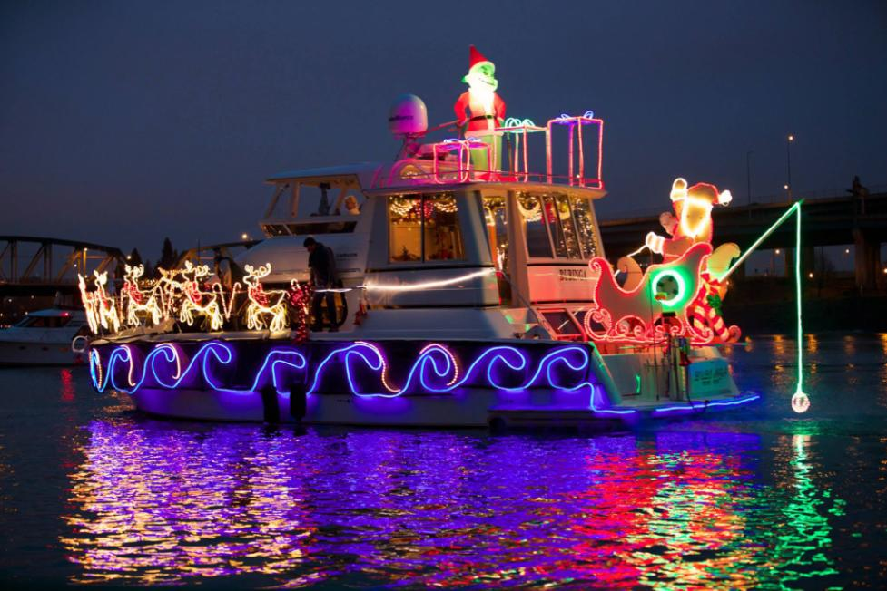 Where To See The Christmas Ships In Vancouver Usa