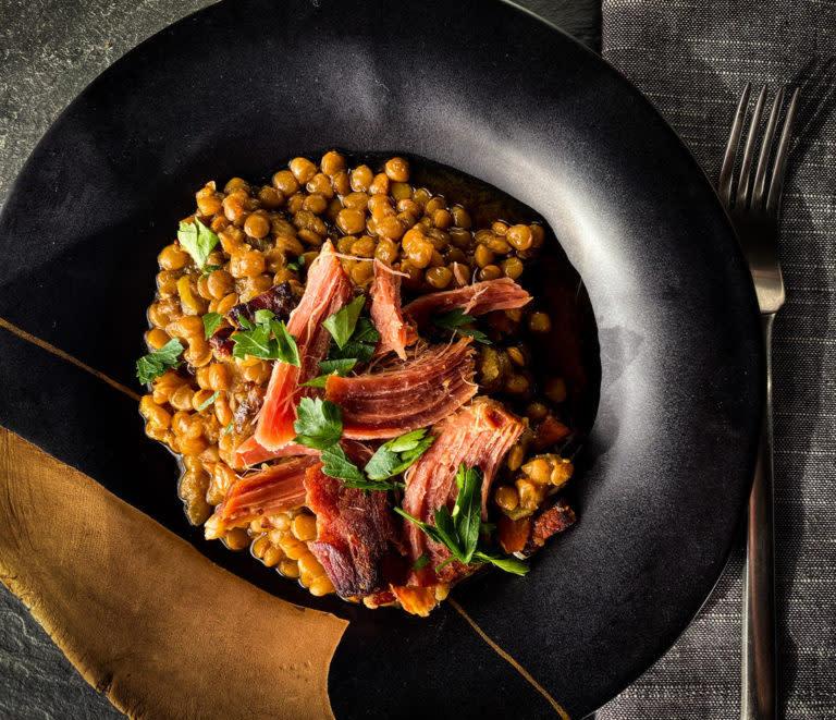 Lentils with ham