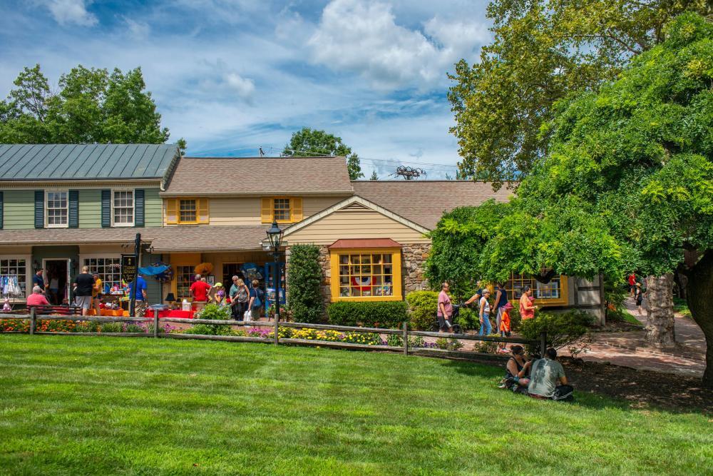 Peddler's Village Summer Block Party