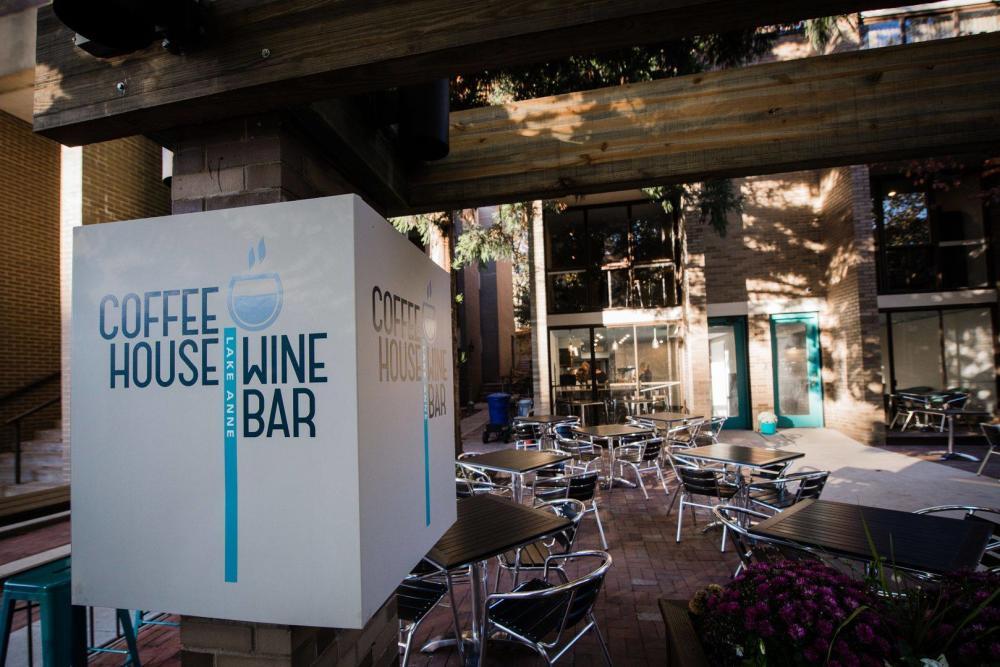 Lake Anne Coffeehouse & Wine Bar