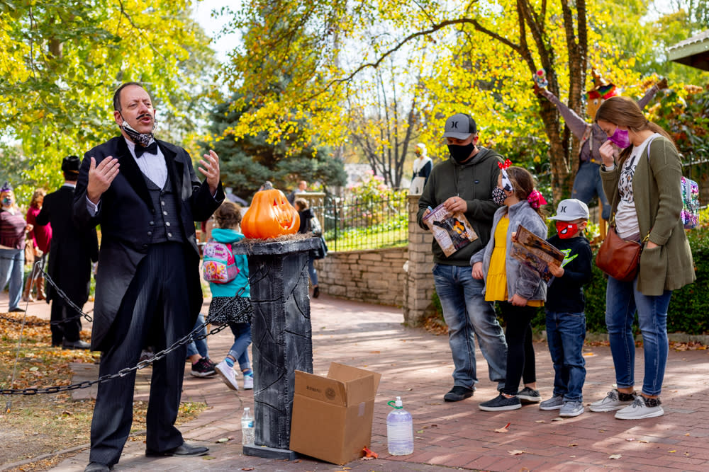 Family with Edgar Allen Poe at Legends and Lanterns in St Charles