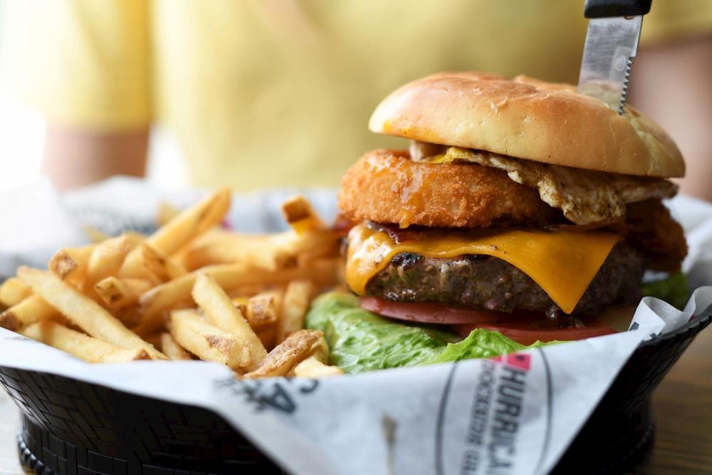 Hurricane Bar and Grill Burger
