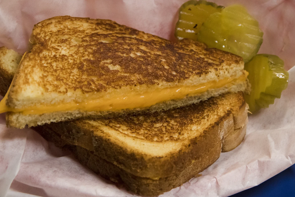 Lute's Casino Grilled Cheese