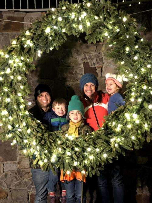 Overland Park Holiday City Guide
