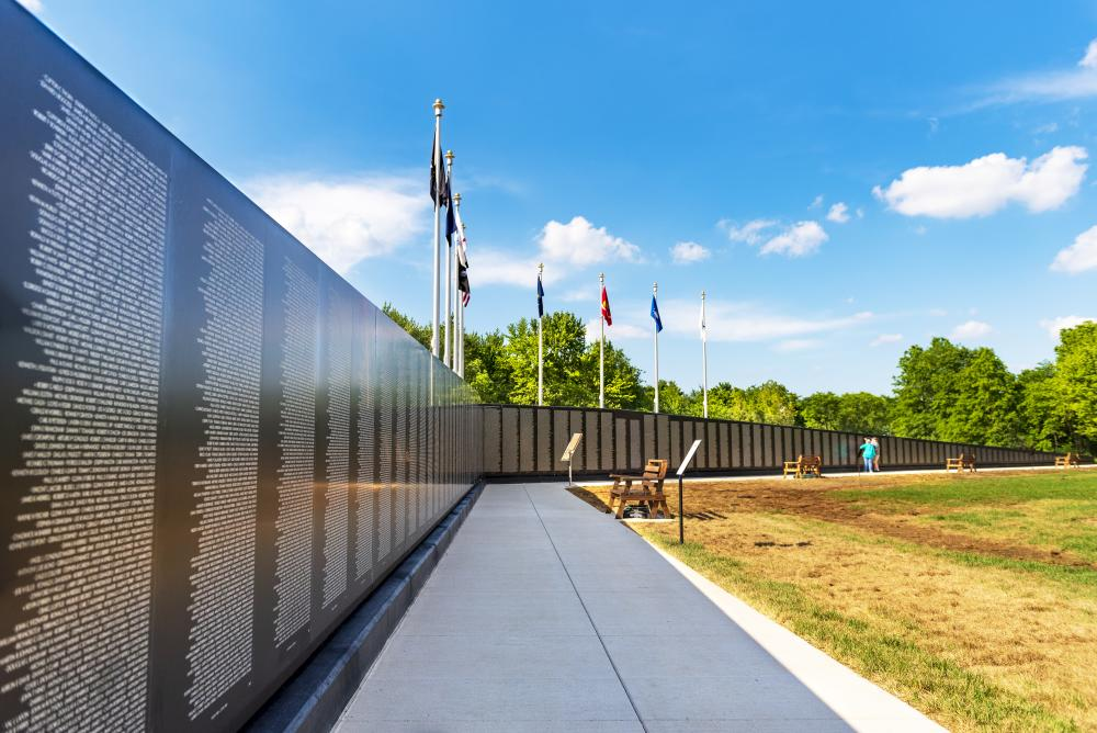 Veteran's Shrine Memorial Vietnam Wall