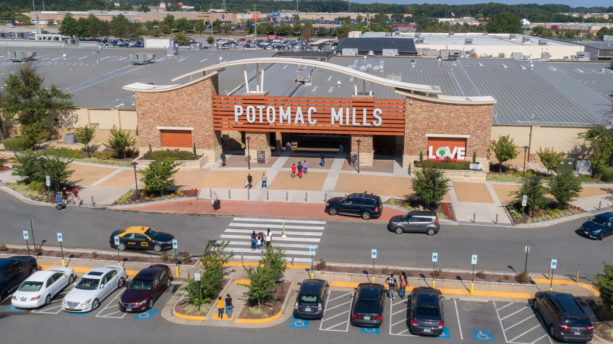 The entrance of Potomac Mills Outlet Center