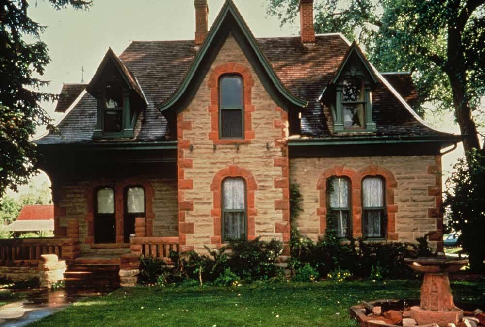 Historic-Avery-House-Credit-Tim-OHara-1000x675