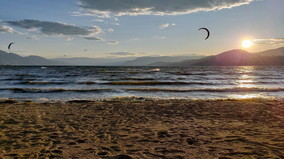 Kite Surfers at Rotary Beach