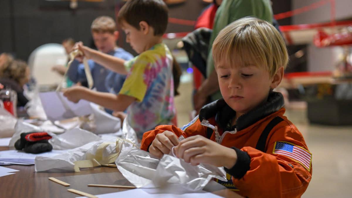 EAA Space Day Christina Basken/EAA Photo