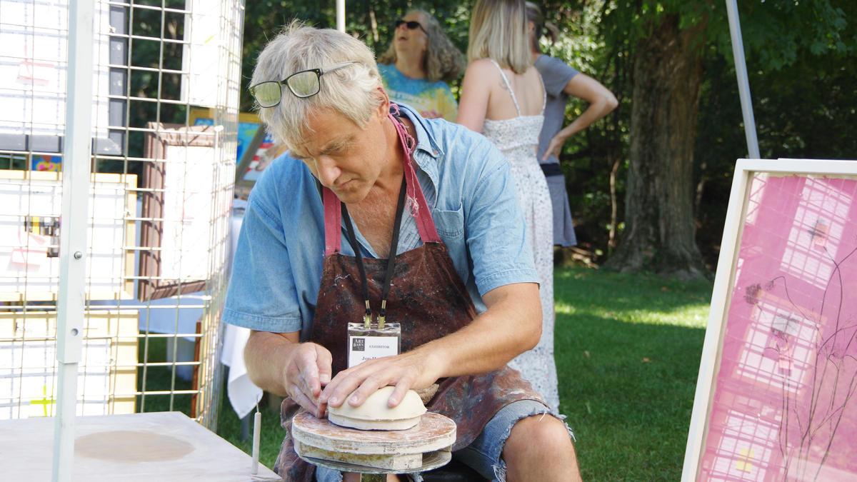 Art Barn sculpture artist