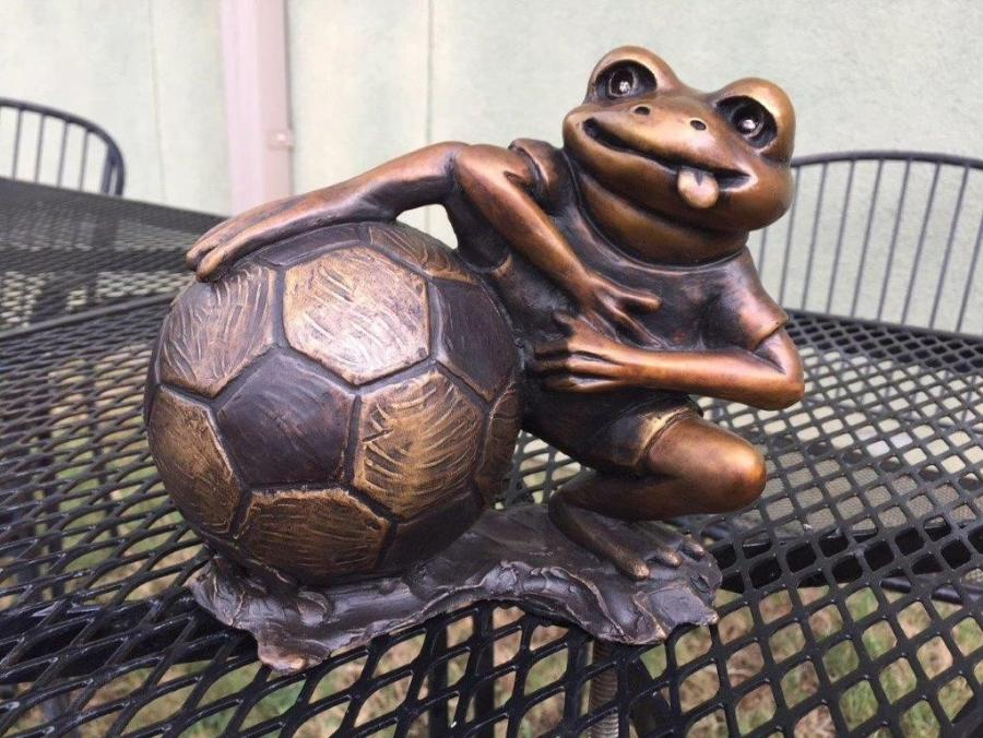 Beckham Toad Statue In Bastrop, TX