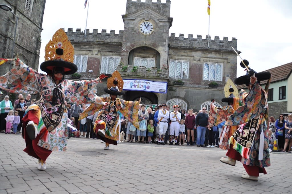 Performers at Gold Hill Fair in Shaftesbury, Dorset