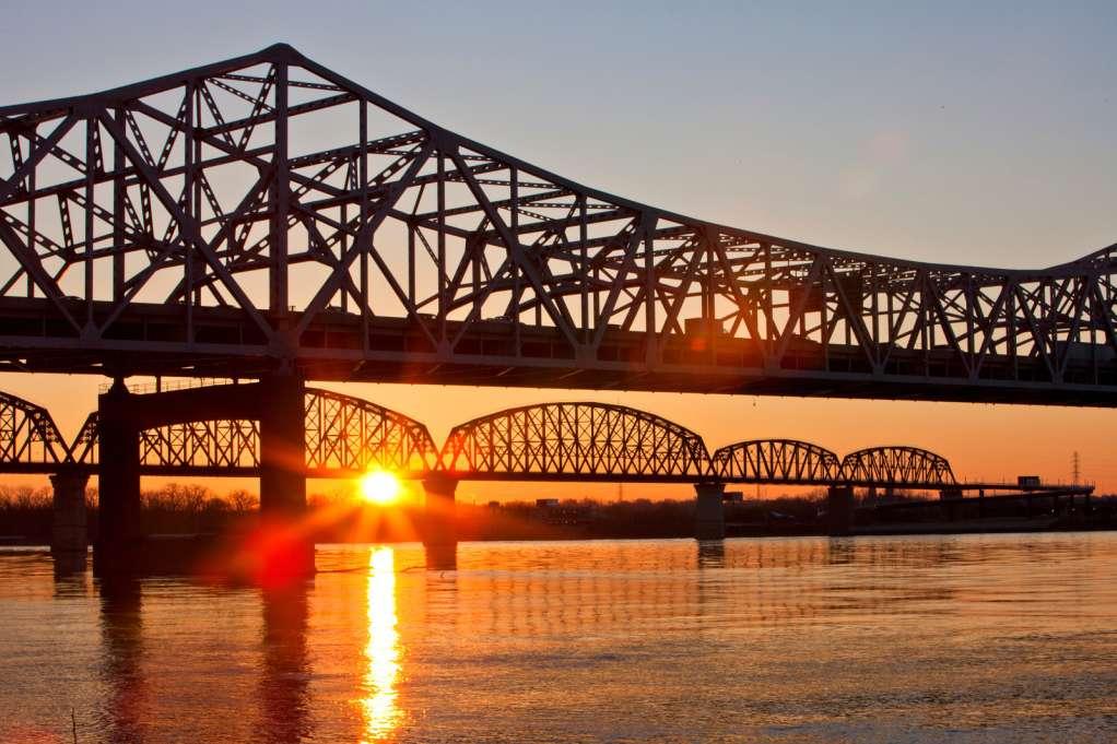 ϾKennedy Bridge at sunset}}
