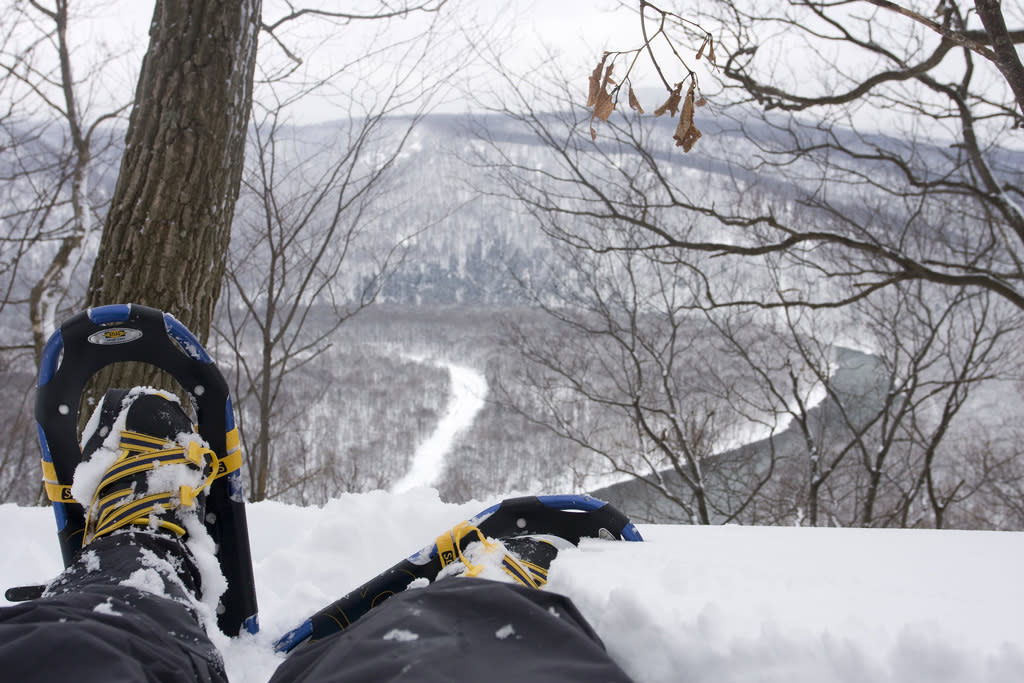 Snowshoeing, Laurel Highlands Hiking Trail
